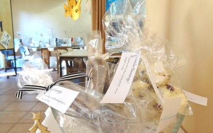 Christmas gifts, Yuletide logs &  White Rocky Road